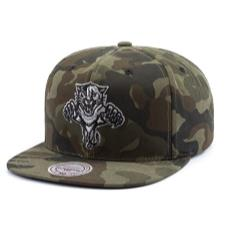 MITCHELL AND NESS CAMO HAT